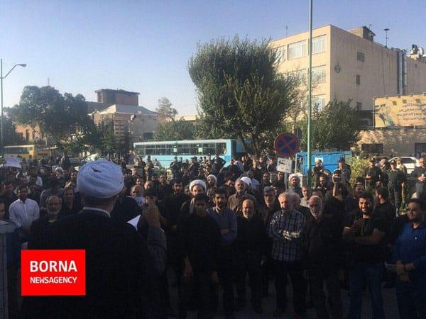 تجمع اعتراضی برای حضور زنان