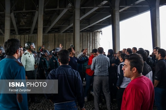 تجمع اعتراضی کارگران آذرآب