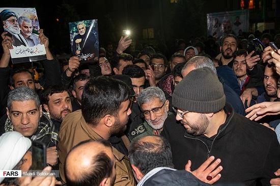 ورود پیکر شهید سپهبد قاسم سلیمانی به تهران