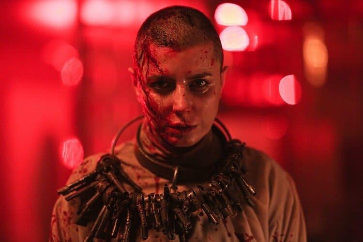 لیلا حاتمی در فیلم قاتل و وحشی