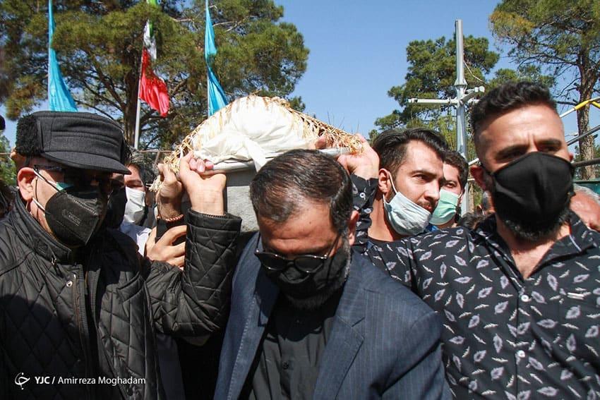 تشییع جنازه آزاده نامداری