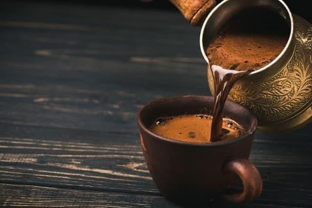 طرز تهیه قهوه با قهوه جوش