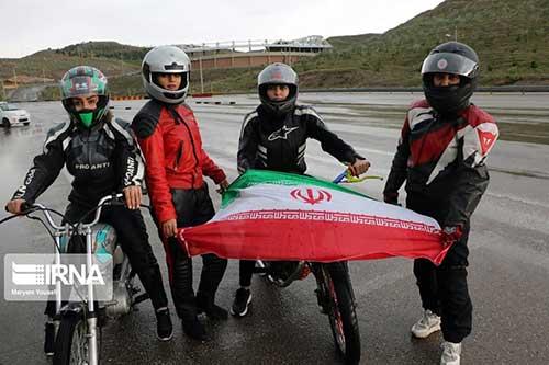 موتور سواری زنان