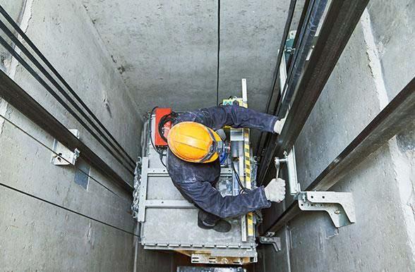 سرویس و نگهداری آسانسور با ضامن صنعت