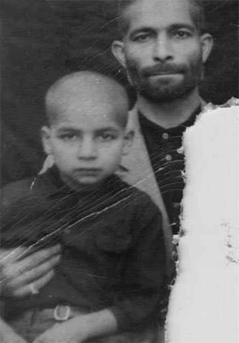 کودکی حسن روحانی