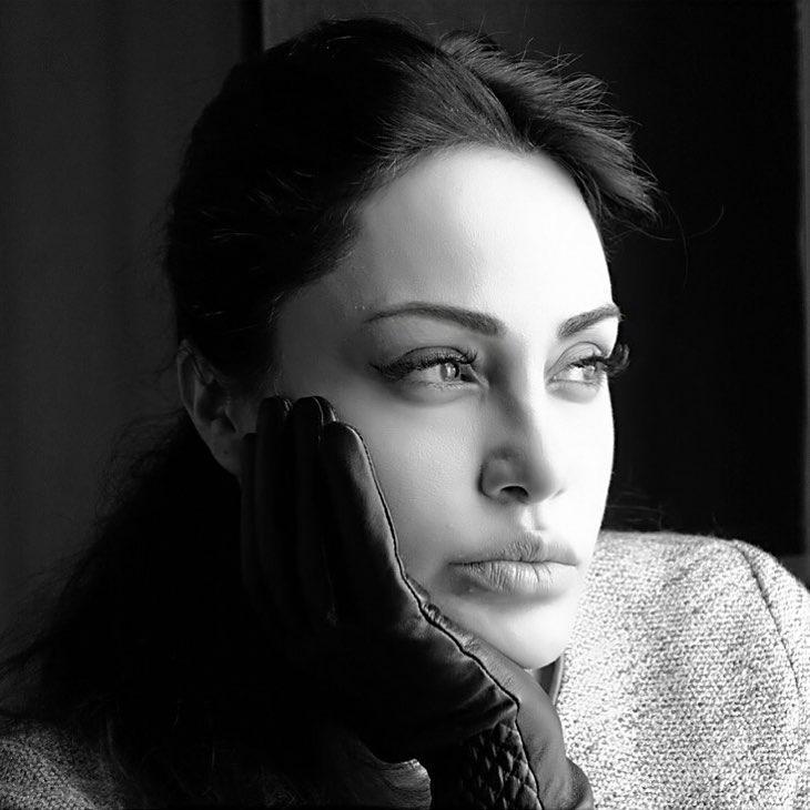 رامانا سیاحی بدل ایرانی آنجلینا جولی